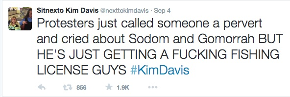 Sitnexto Kim Davis nexttokimdavis Twitter
